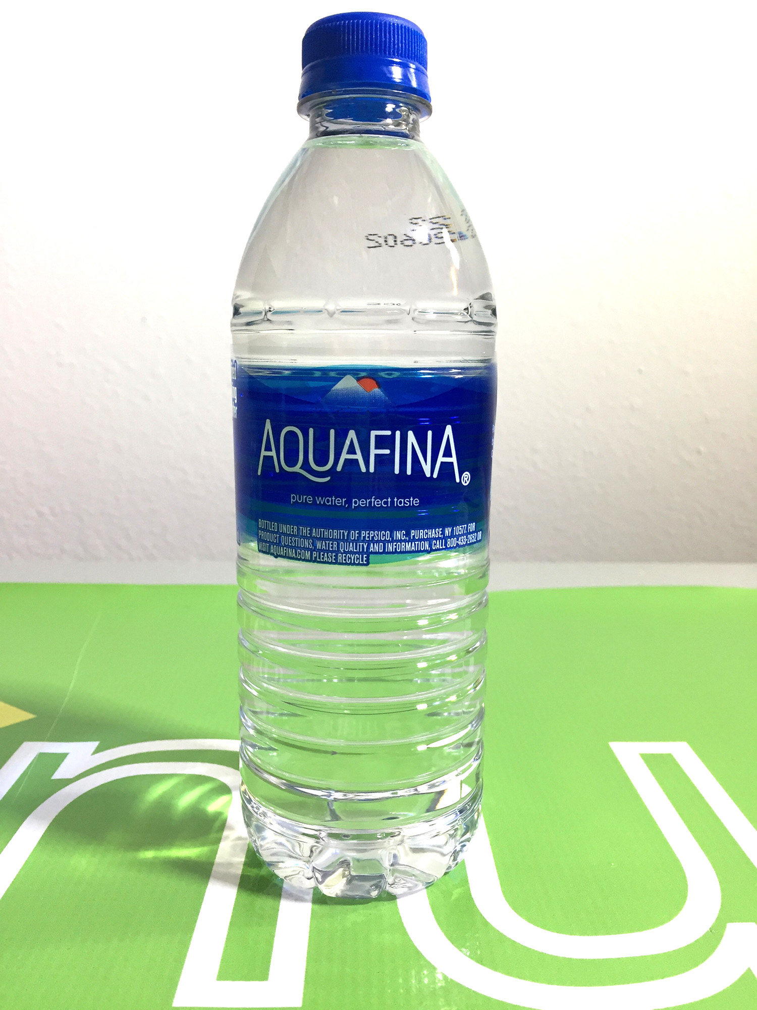 Aquafina Bottled Water 16.9 Fl Oz (500mL)
