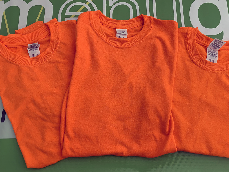 Lot of 3 Gildan Mens HeavyCotton Tear Away T-shirts Orange S