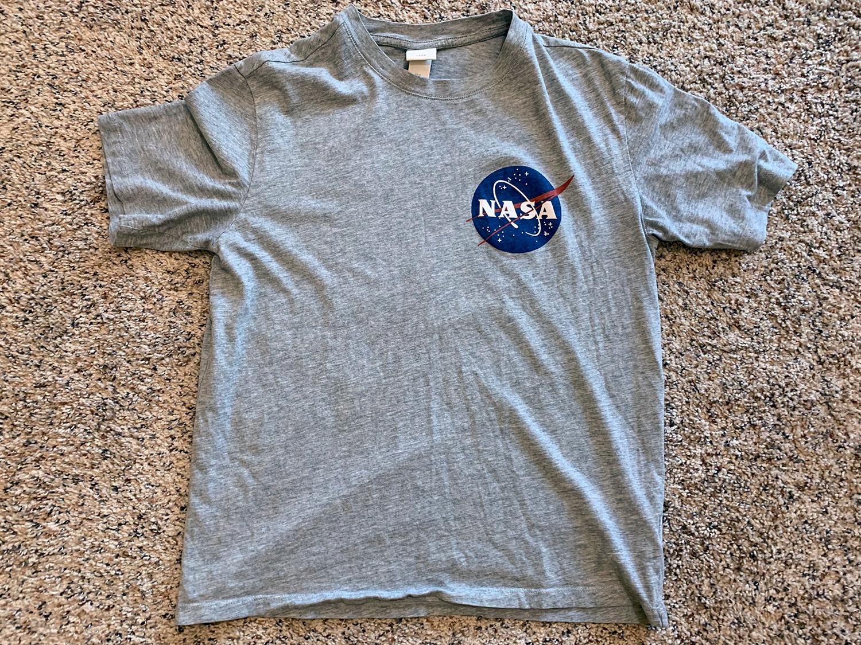 H&M Mens Grey NASA Logo T-Shirt Size S