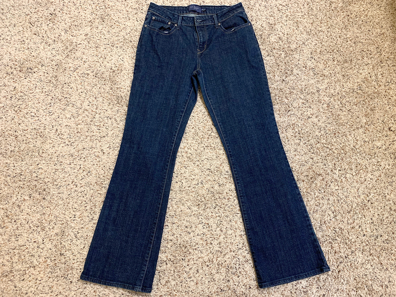 Levis Womens Bold Curve Boot Cut Bue Jeans Size 12M