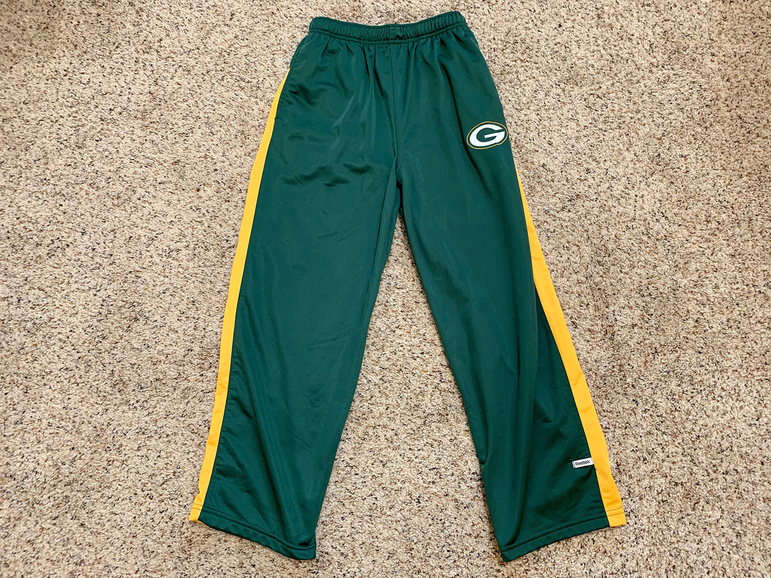 Reebok NFL Team Apparel Youth Green Bay Packers Logo Pants Size L