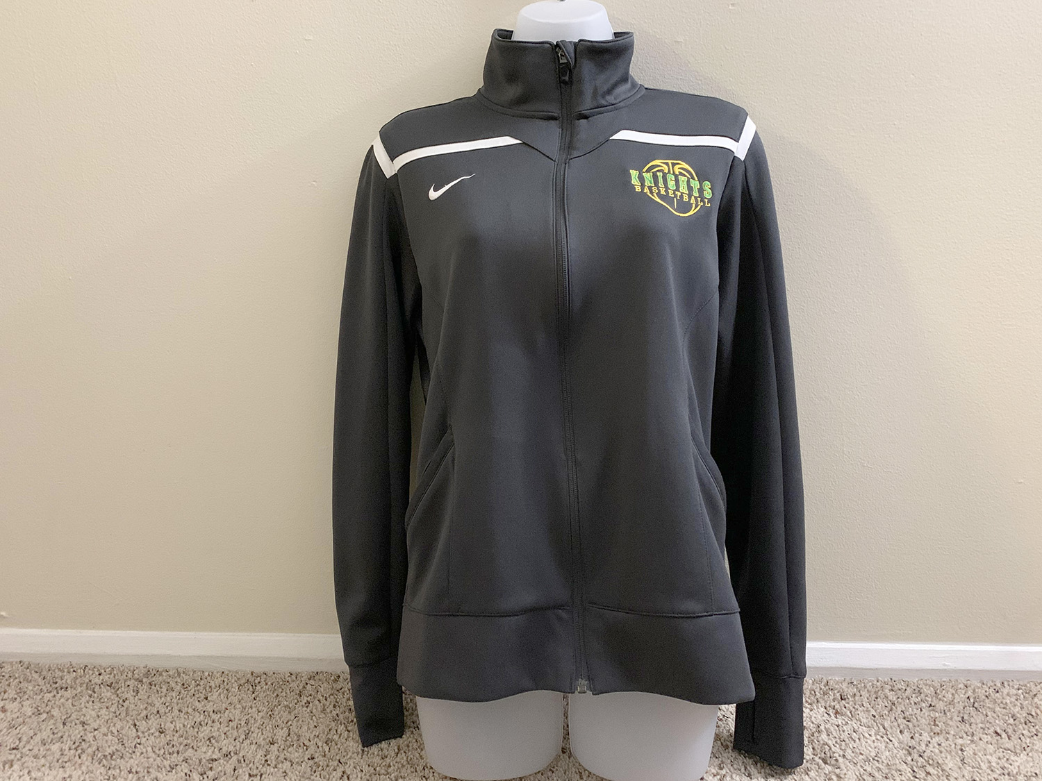 Nike Womens Team Avenger Warm Up Jacket Anthracite/White Size M