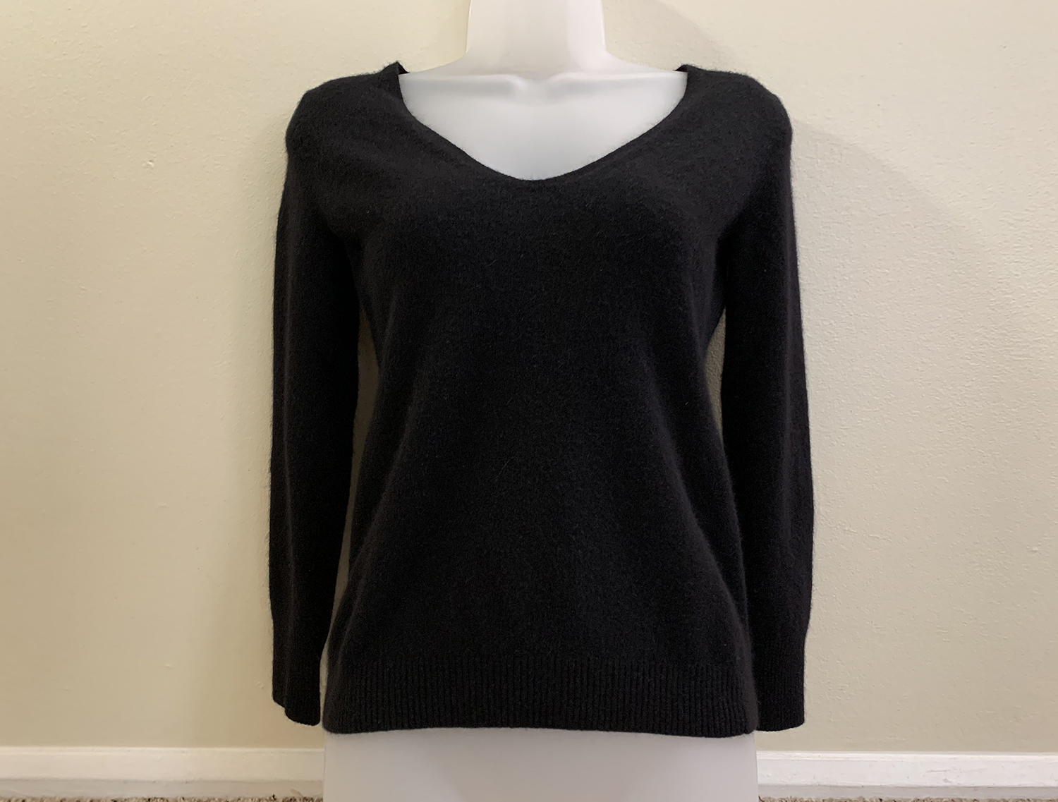 J. Crew Womens Merino Wool Blend Black V Neck Sweater Size S