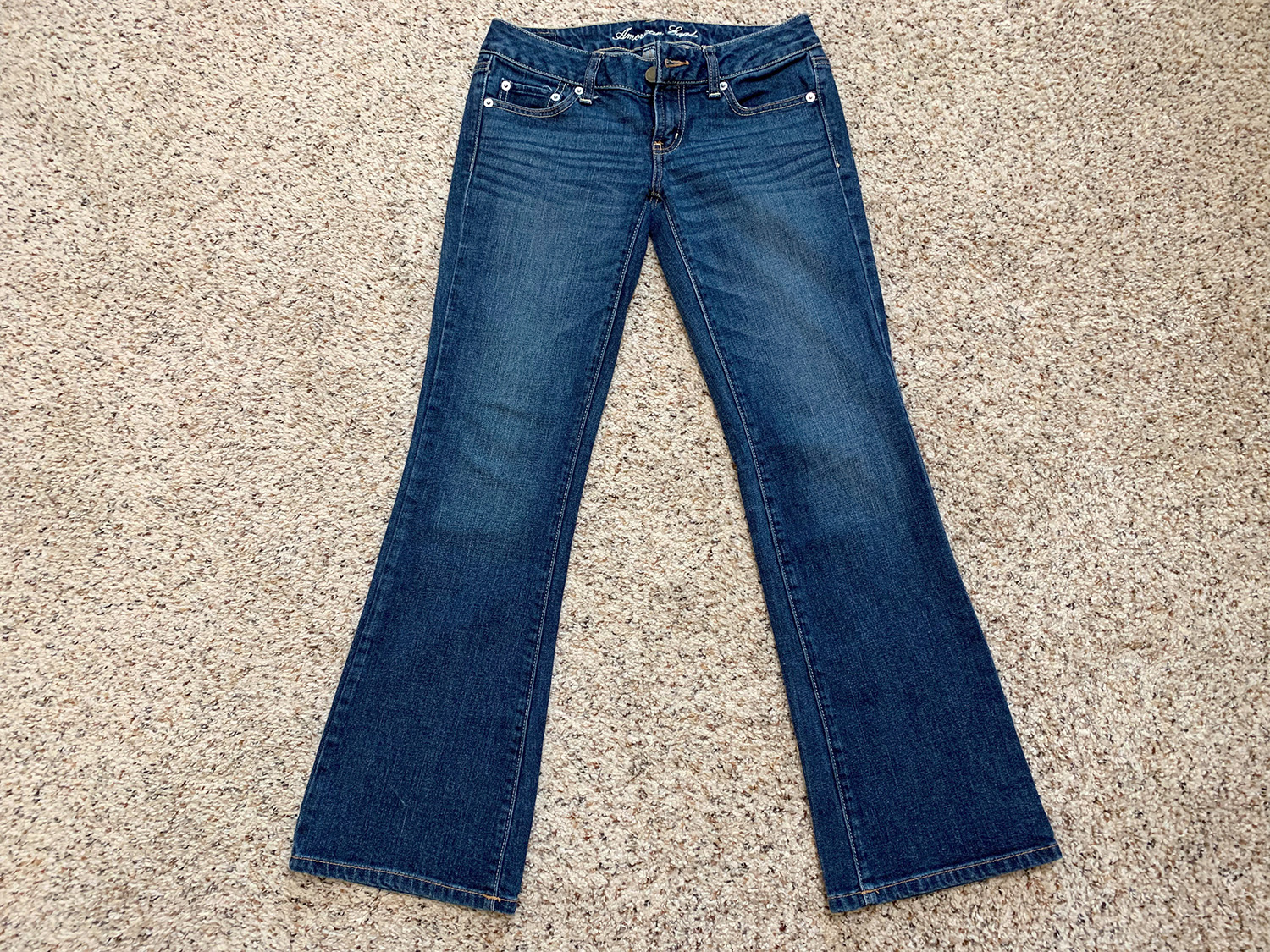 American Eagle Womens Low Rise Boot Cut Jeans Size 0 Short