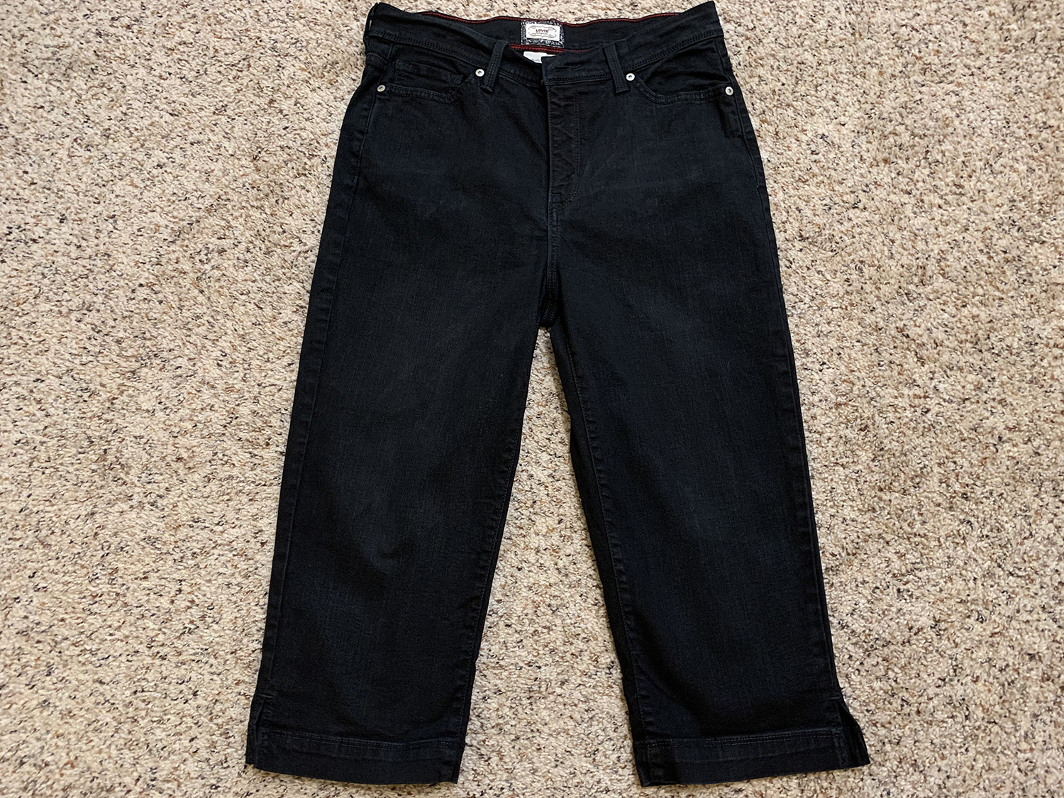 Levis Womens Perfectly Slimming 512 Capris Size 12