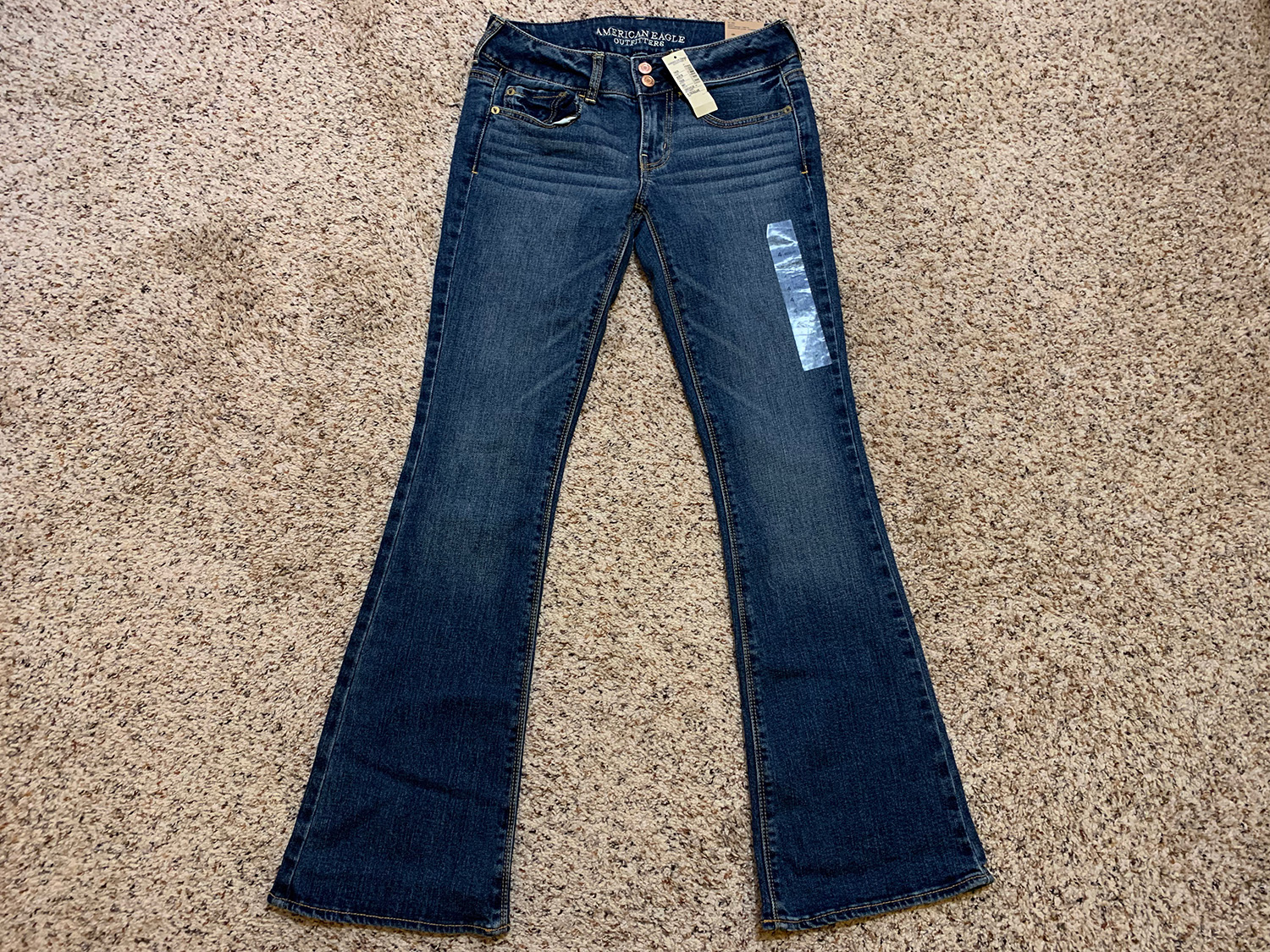 American Eagle Womens Artist Stretch Jeans Size 4 Regular at The MenuGem Web Store